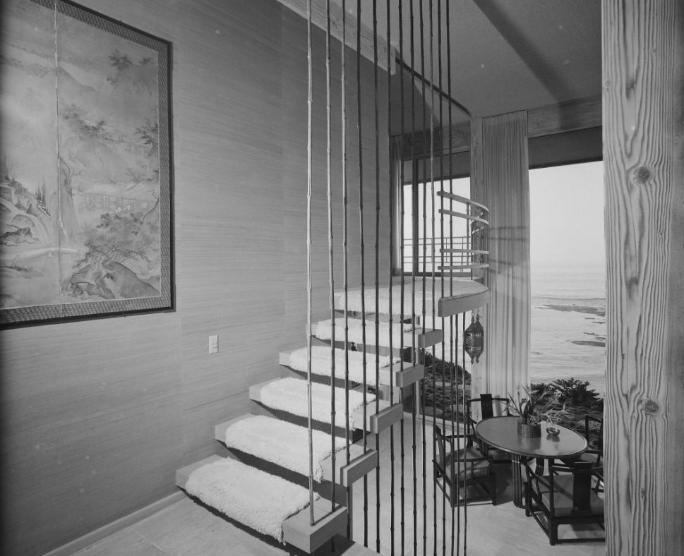15 Mid Century Modern Dream Homes That Will Kill Your