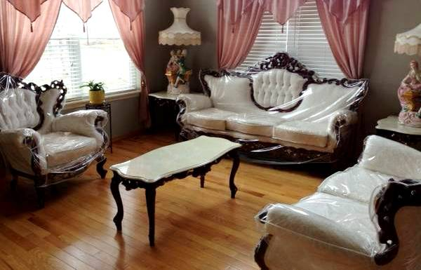 25 most dangerous craigslist adjectives exposed - Victorian living room set for sale ...